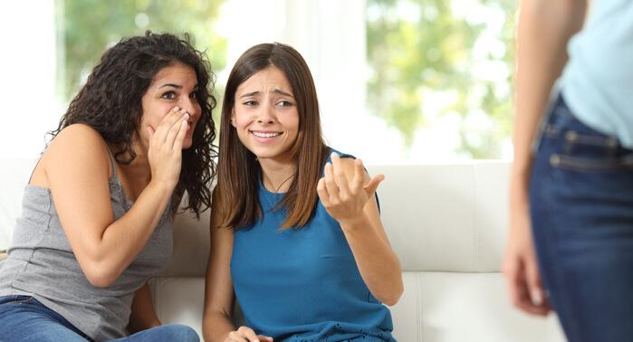 7 cosas que pierdes cuando criticas a los demás, por Daniel Colombo